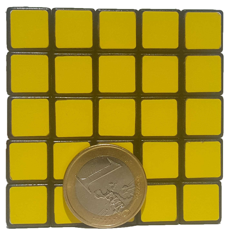 Cubikon 5x5 im Größenvergleich